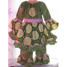 Capri Set St Patrick's day Valentine Day Easter Green Flower Ruffles Pink Girls Toddler   Size 5t  Ready to ship