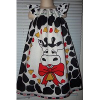 Patchwork Vintage Panel Fabric Cow   Farm Black and White  pink hearts   Girls  Dress Size  5t  Ready to ship