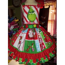 Patchwork  Vintage fabric Grinch  Christmas  Dress Size 5t/6  Ready to ship(see measurements)