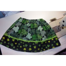 st Patrick day Clover Skirt  Skirt Size 18mo to 7 Size  ready to ship.